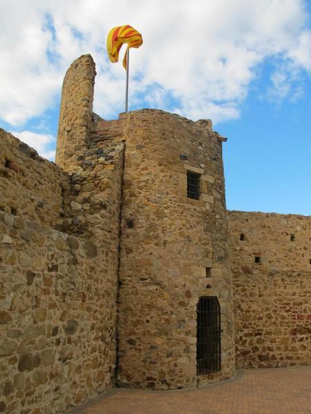 CastillosNet: Muralla urbana de Llagostera