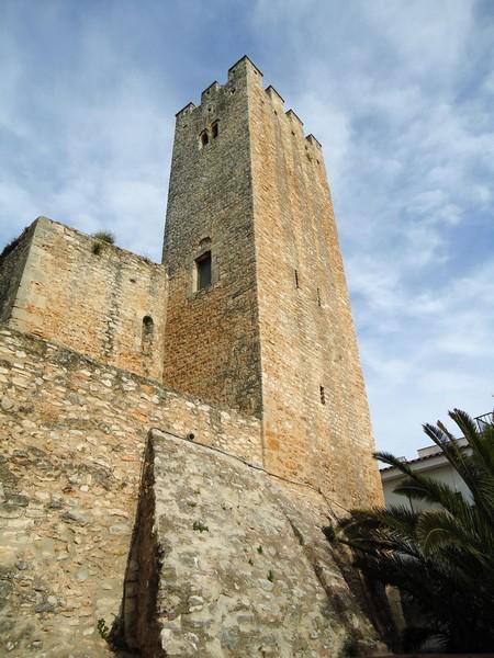 Castillo de Santa Oliva en Santa Oliva, Tarragona | CastillosNet